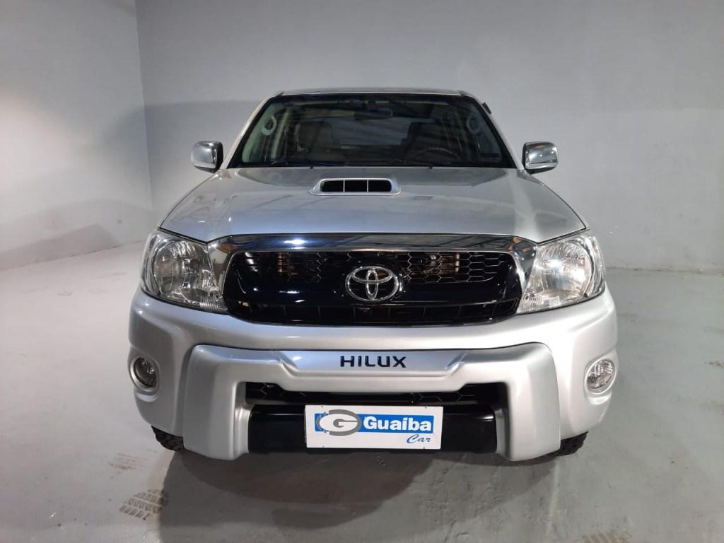 //www.autoline.com.br/carro/toyota/hilux-30-cd-srv-16v-diesel-4p-4x4-turbo-automatico/2011/curitiba-pr/14786544