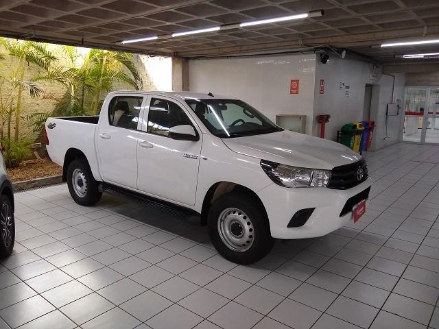 //www.autoline.com.br/carro/toyota/hilux-28-cd-std-16v-diesel-4p-4x4-turbo-manual/2018/sao-luis-ma/14806314
