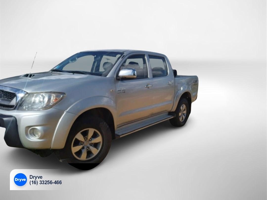 //www.autoline.com.br/carro/toyota/hilux-30-cd-srv-16v-diesel-4p-4x4-turbo-automatico/2011/ribeirao-preto-sp/14878467