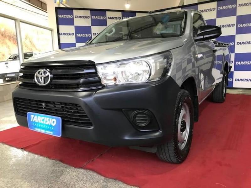 //www.autoline.com.br/carro/toyota/hilux-28-cs-16v-diesel-2p-4x4-turbo-manual/2018/guacui-es/14910740