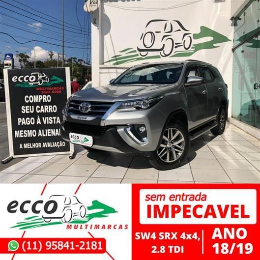 //www.autoline.com.br/carro/toyota/hilux-28-cd-srx-16v-diesel-4p-4x4-turbo-automatico/2019/osasco-sp/14962248