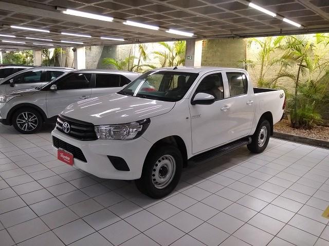 //www.autoline.com.br/carro/toyota/hilux-28-cd-std-16v-diesel-4p-4x4-turbo-manual/2018/sao-luis-ma/14971108