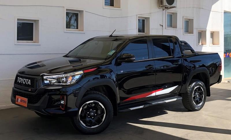 //www.autoline.com.br/carro/toyota/hilux-28-cd-gr-s-16v-diesel-4p-4x4-turbo-automatico/2020/brasilia-df/14997103