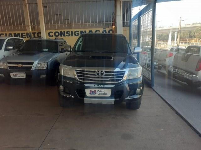 //www.autoline.com.br/carro/toyota/hilux-30-cd-srv-16v-diesel-4p-4x4-turbo-automatico/2012/sao-jose-do-rio-preto-sp/15260343