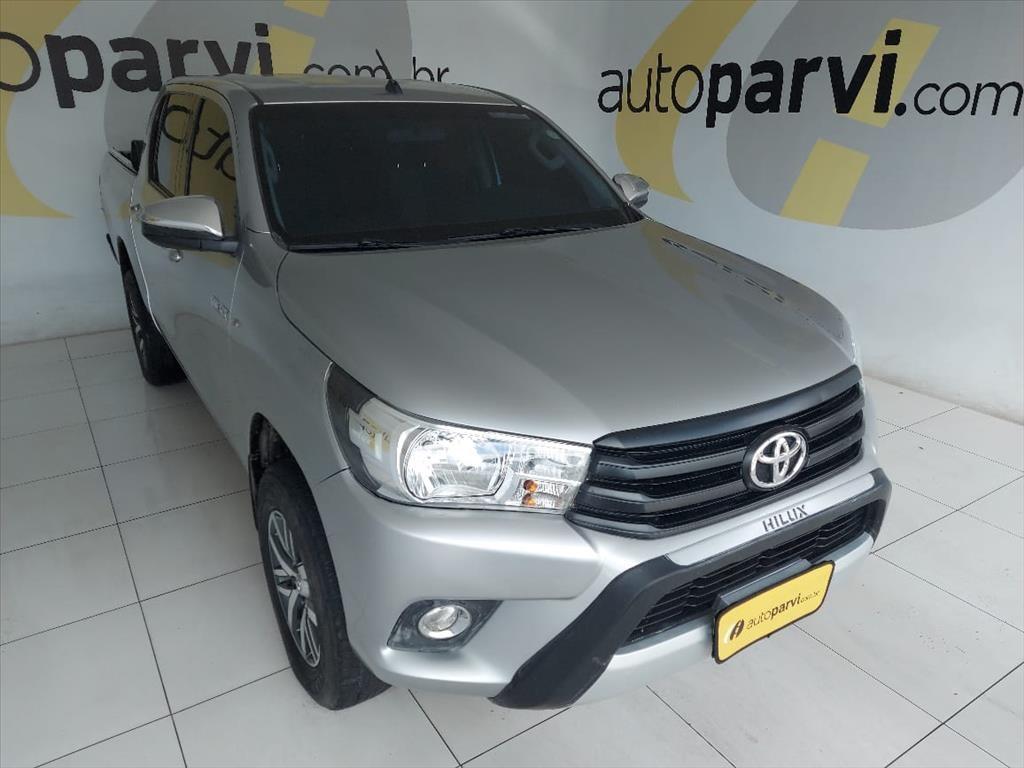 //www.autoline.com.br/carro/toyota/hilux-28-cd-std-narrow-16v-diesel-4p-4x4-turbo-manu/2018/recife-pe/15721376
