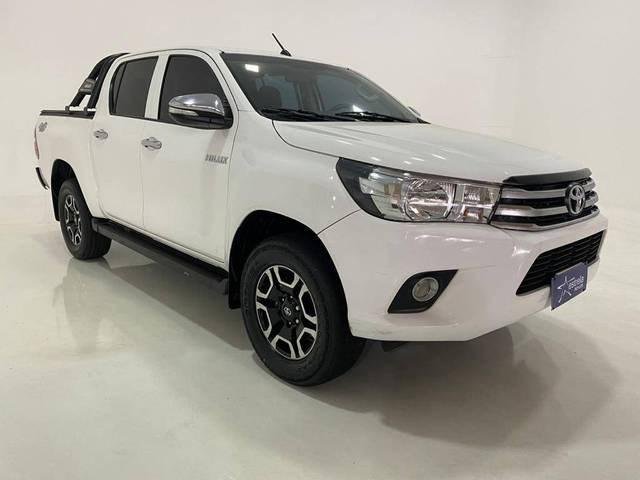 //www.autoline.com.br/carro/toyota/hilux-28-cd-std-16v-diesel-4p-4x4-turbo-manual/2017/belo-horizonte-mg/15767365