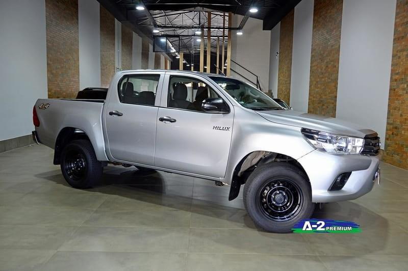 //www.autoline.com.br/carro/toyota/hilux-28-cd-std-16v-diesel-4p-4x4-turbo-manual/2018/campinas-sp/15791950