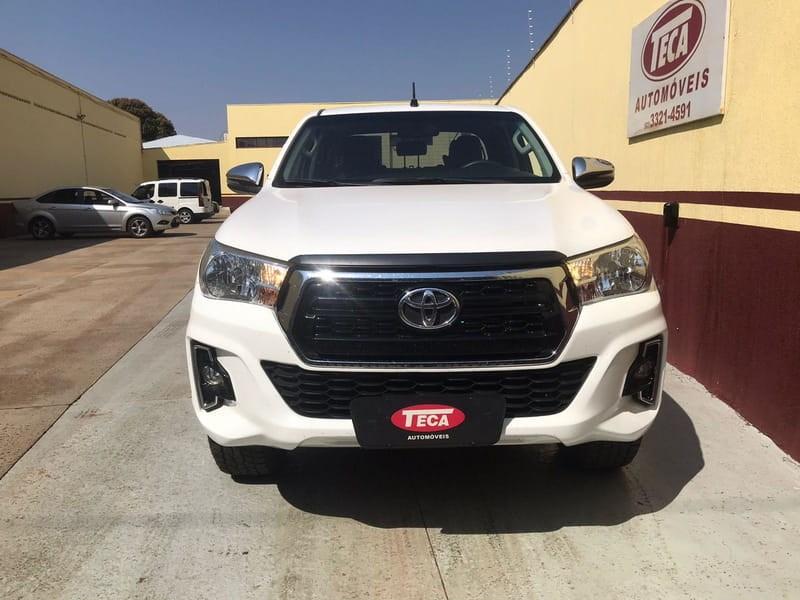 //www.autoline.com.br/carro/toyota/hilux-28-cd-sr-16v-diesel-4p-4x4-turbo-automatico/2019/campo-grande-ms/15816027