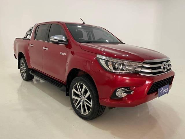 //www.autoline.com.br/carro/toyota/hilux-28-cd-srx-16v-diesel-4p-4x4-turbo-automatico/2017/belo-horizonte-mg/15840828