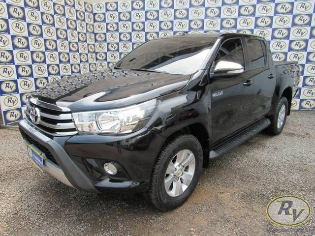 //www.autoline.com.br/carro/toyota/hilux-28-cs-chassi-16v-diesel-2p-4x4-turbo-manual/2017/cacoal-ro/15852024