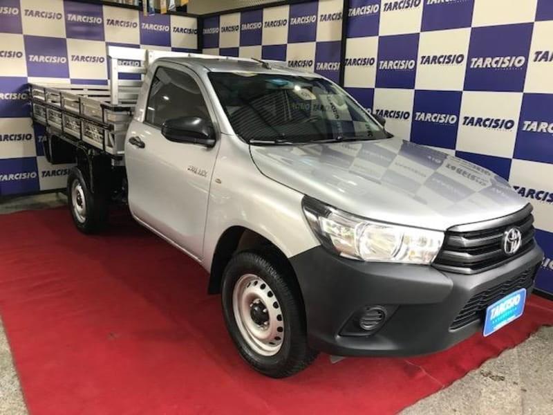 //www.autoline.com.br/carro/toyota/hilux-28-cs-16v-diesel-2p-4x4-turbo-manual/2018/guacui-es/15869557