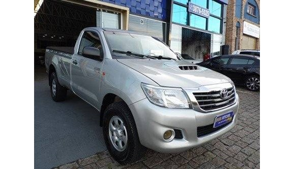 //www.autoline.com.br/carro/toyota/hilux-30-16v-diesel-2p-manual/2014/vinhedo-sp/8303681