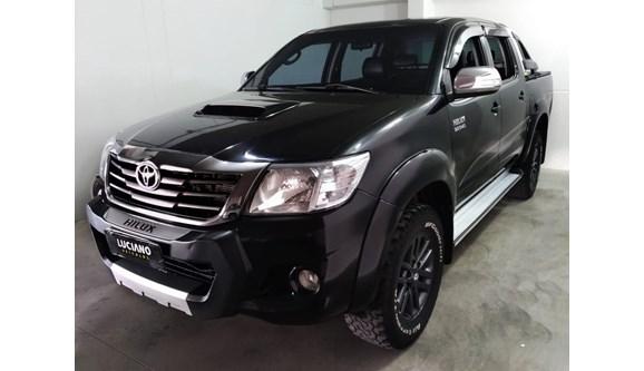 //www.autoline.com.br/carro/toyota/hilux-30-srv-limited-16v-picape-diesel-4p-automatic/2015/ponta-grossa-pr/8381563
