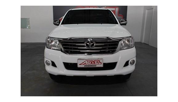 //www.autoline.com.br/carro/toyota/hilux-27-srv-16v-picape-flex-4p-automatico-4x4/2012/pato-branco-pr/8548008