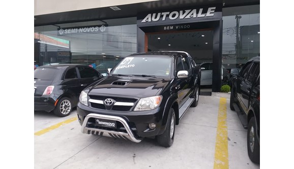 //www.autoline.com.br/carro/toyota/hilux-30-srv-16v-picape-diesel-4p-automatico-4x4-tu/2007/mogi-das-cruzes-sp/8697601