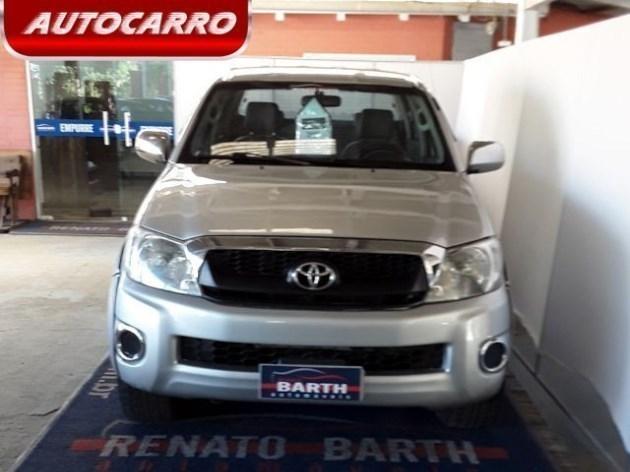 //www.autoline.com.br/carro/toyota/hilux-25-cs-chassi-16v-diesel-2p-4x4-turbo-manual/2011/gravatai-rs/9416706