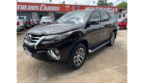 //www.autoline.com.br/carro/toyota/hilux-sw4-28-srx-16v-diesel-4p-automatico-4x4-turbo-int/2017/boa-vista-rr/10158672