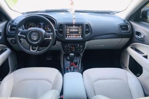 //www.autoline.com.br/carro/toyota/hilux-sw4-30-srv-4x4-at-turbo-ic-16v-163cv-4p-diesel-au/2008/linhares-es/11018642