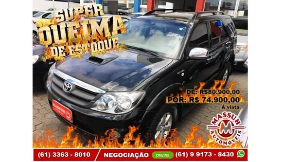 //www.autoline.com.br/carro/toyota/hilux-sw4-30-srv-4x4-at-turbo-ic-16v-163cv-4p-diesel-au/2008/brasilia-df/11025698