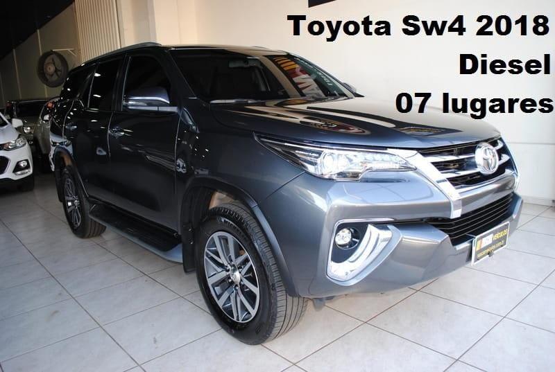 //www.autoline.com.br/carro/toyota/hilux-sw4-28-srx-16v-diesel-4p-automatico-4x4-turbo-int/2018/londrina-pr/12380441
