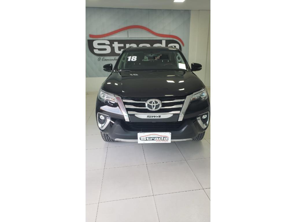 //www.autoline.com.br/carro/toyota/hilux-sw4-28-srx-16v-diesel-4p-automatico-4x4/2018/mossoro-rn/13552984