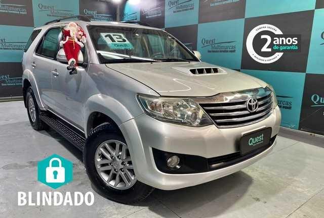 //www.autoline.com.br/carro/toyota/hilux-sw4-30-srv-16v-diesel-4p-automatico-4x4-turbo-int/2013/sao-paulo-sp/13629579