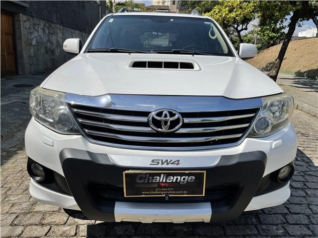 //www.autoline.com.br/carro/toyota/hilux-sw4-30-srv-16v-diesel-4p-4x4-turbo-automatico/2014/rio-de-janeiro-rj/14239236