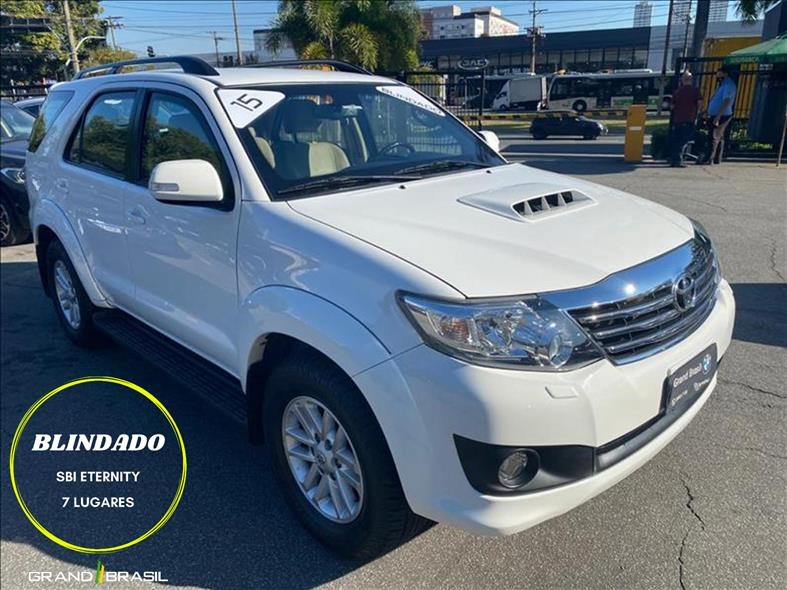 //www.autoline.com.br/carro/toyota/hilux-sw4-30-srv-7l-16v-diesel-4p-4x4-turbo-automatico/2015/sao-paulo-sp/14993090