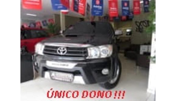 //www.autoline.com.br/carro/toyota/hilux-sw4-30-srv-4x4-mt-turbo-ic-16v-163cv-4p-diesel-ma/2010/sao-paulo-sp/6924617