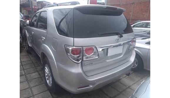 //www.autoline.com.br/carro/toyota/hilux-sw4-30-srv-16v-diesel-4p-automatico-4x4-turbo-int/2012/sao-luis-ma/8157195