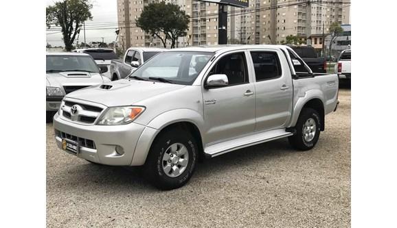 //www.autoline.com.br/carro/toyota/hilux-30-srv-16v-picape-diesel-4p-manual/2008/curitiba-pr/6685455