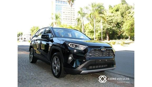 //www.autoline.com.br/carro/toyota/rav4-25-sx-hybrid-16v-flex-4p-automatico-4x4/2019/campinas-sp/11051946