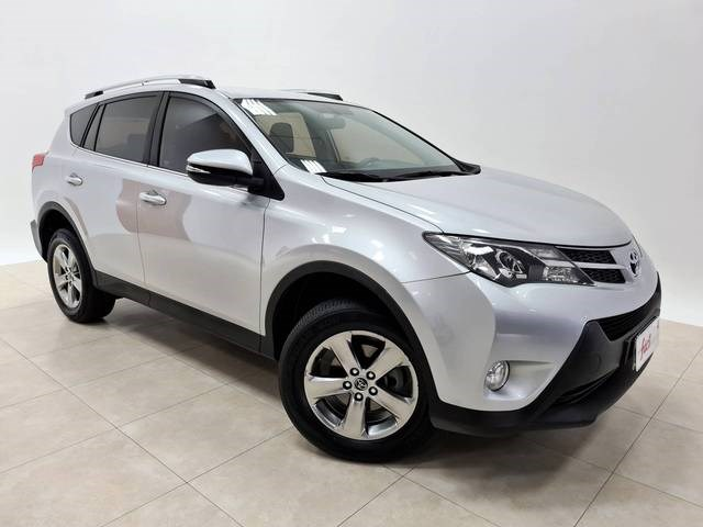 //www.autoline.com.br/carro/toyota/rav4-20-16v-gasolina-4p-automatico/2015/santa-cruz-do-sul-rs/13544376