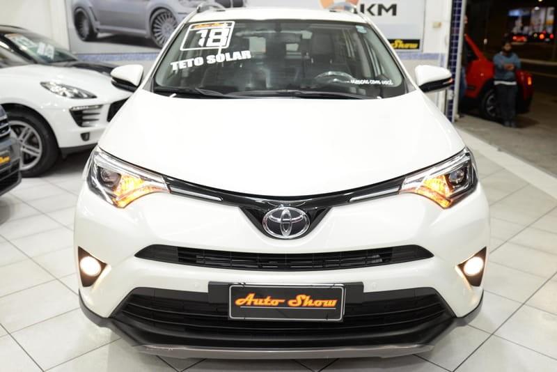 //www.autoline.com.br/carro/toyota/rav4-20-top-16v-gasolina-4p-cvt/2018/sao-paulo-sp/15655330