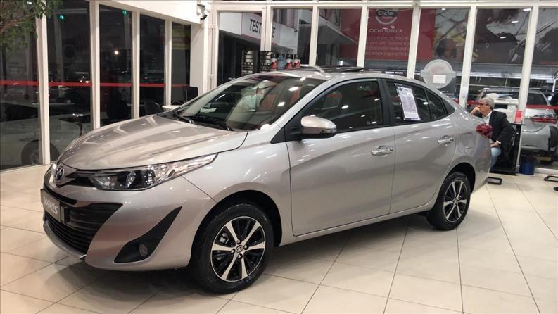 //www.autoline.com.br/carro/toyota/yaris-15-xls-16v-sedan-flex-4p-automatico/2020/sao-paulo-sp/12012637