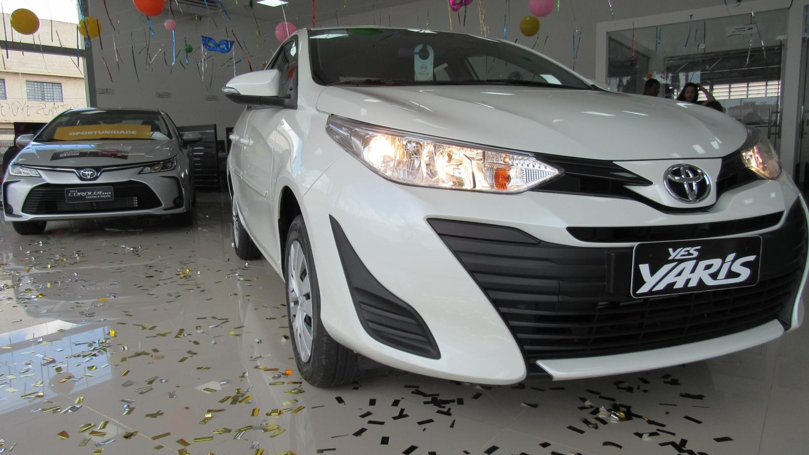 //www.autoline.com.br/carro/toyota/yaris-15-xls-connect-16v-flex-4p-automatico/2021/brasilia-df/12314095