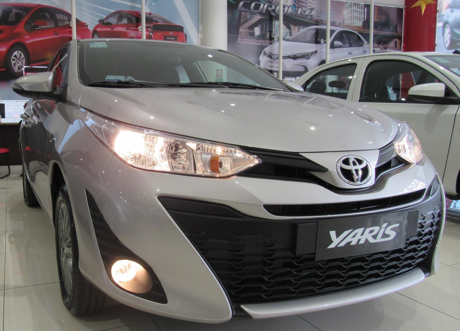 //www.autoline.com.br/carro/toyota/yaris-13-xl-live-16v-flex-4p-automatico/2020/brasilia-df/12330614