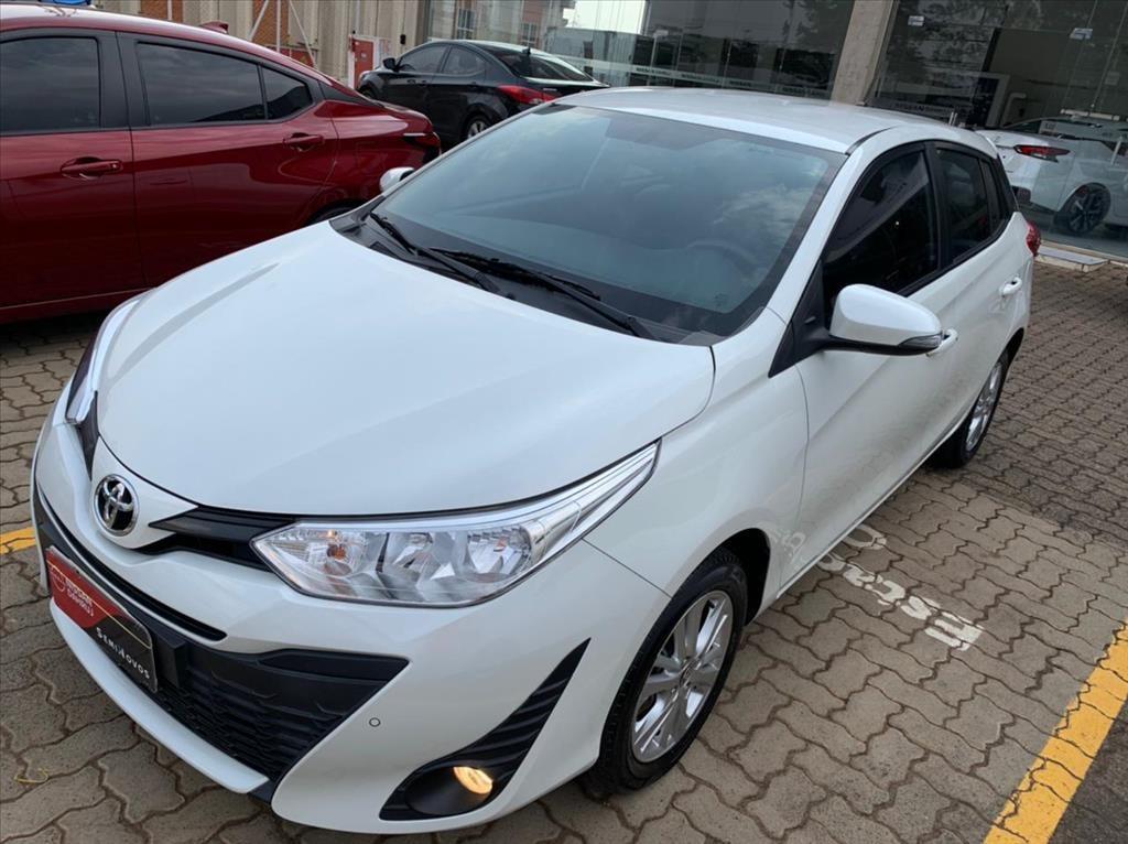 //www.autoline.com.br/carro/toyota/yaris-13-hatch-xl-plus-tech-16v-flex-4p-automatico/2019/limeira-sp/15776639