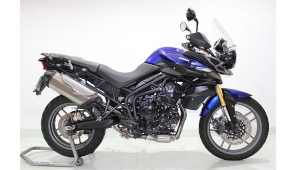 //www.autoline.com.br/moto/triumph/tiger-800-gas-mec-basico/2015/jundiai-sp/8203593