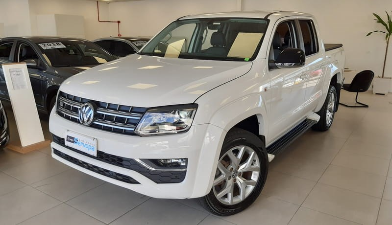 //www.autoline.com.br/carro/volkswagen/amarok-30-highline-24v-diesel-4p-automatico-4x4-turb/2018/curitiba-pr/10158516