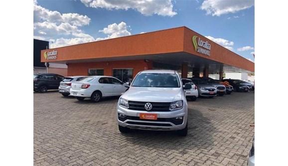 //www.autoline.com.br/carro/volkswagen/amarok-20-cd-se-16v-diesel-4p-4x4-turbo-manual/2018/curitiba-pr/10422717