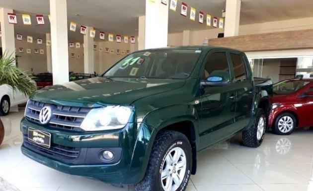 //www.autoline.com.br/carro/volkswagen/amarok-20-trendline-16v-diesel-4p-4x4-turbo-manual/2011/arambare-rs/11010789
