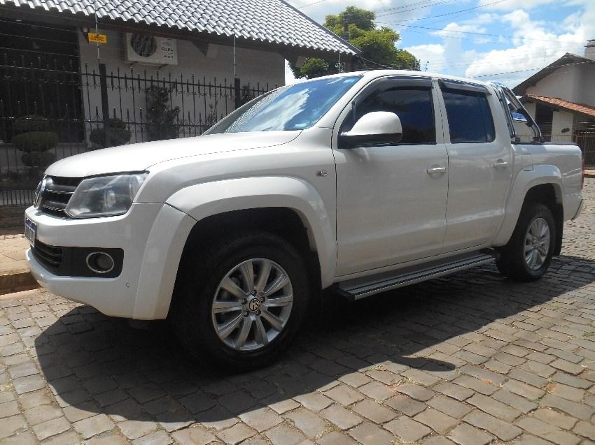 //www.autoline.com.br/carro/volkswagen/amarok-20-cd-trendline-16v-diesel-4p-4x4-turbo-autom/2013/passo-fundo-rs/13491549