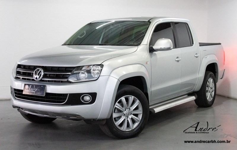 //www.autoline.com.br/carro/volkswagen/amarok-20-cd-highline-16v-diesel-4p-4x4-turbo-manual/2012/belo-horizonte-mg/13620931