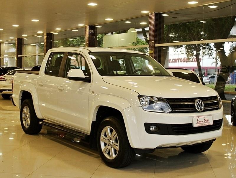 //www.autoline.com.br/carro/volkswagen/amarok-20-cd-trendline-16v-diesel-4p-4x4-turbo-autom/2013/novo-hamburgo-rs/13972805