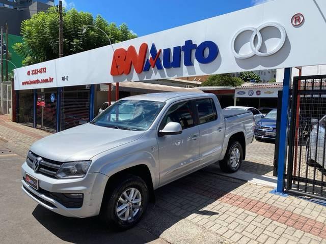 //www.autoline.com.br/carro/volkswagen/amarok-20-cd-se-16v-diesel-4p-4x4-turbo-manual/2017/chapeco-sc/14011133