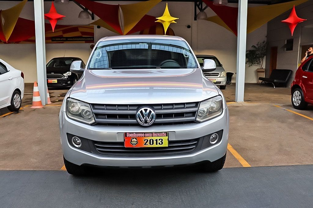 //www.autoline.com.br/carro/volkswagen/amarok-20-cs-s-16v-diesel-2p-4x4-turbo-manual/2013/ribeirao-preto-sp/14587775