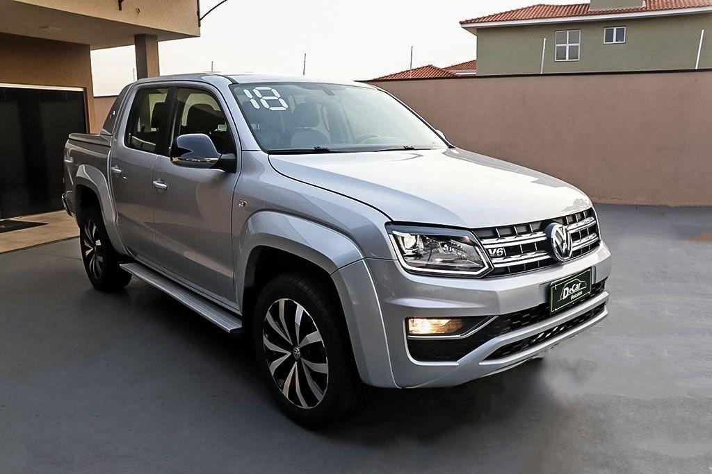 //www.autoline.com.br/carro/volkswagen/amarok-30-cd-highline-extreme-24v-diesel-4p-4x4-turb/2018/ribeirao-preto-sp/14980258