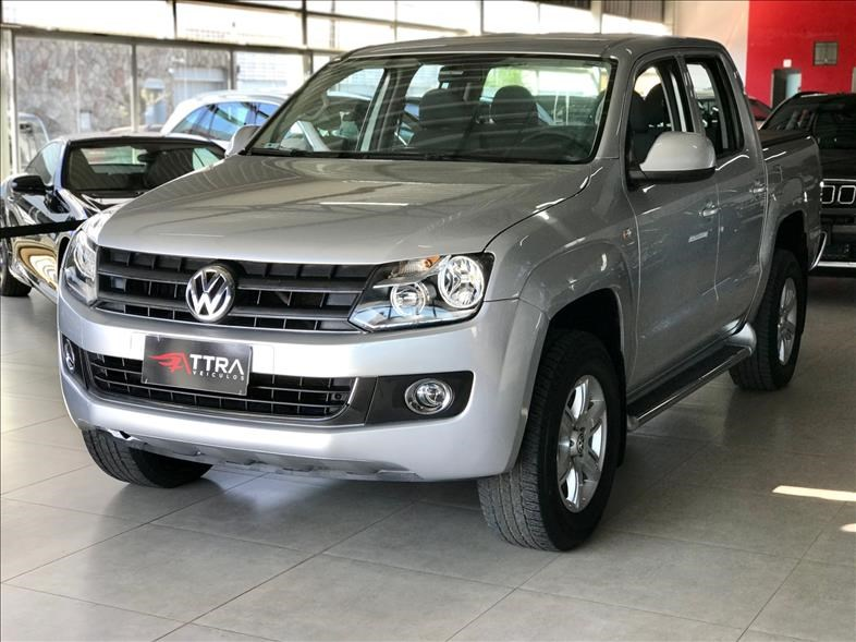 //www.autoline.com.br/carro/volkswagen/amarok-20-cd-se-16v-diesel-4p-4x4-turbo-manual/2013/uberlandia-mg/15095680
