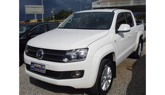 //www.autoline.com.br/carro/volkswagen/amarok-20-highline-16v-diesel-4p-automatico-4x4-turb/2013/brasilia-df/8283727